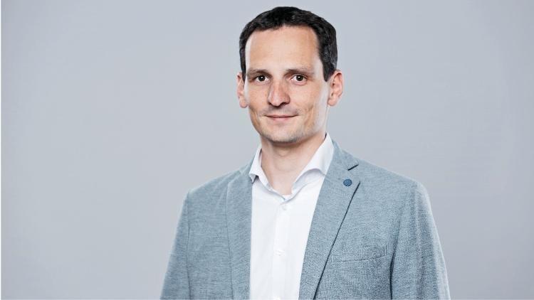 Portrait von Julian Fässler